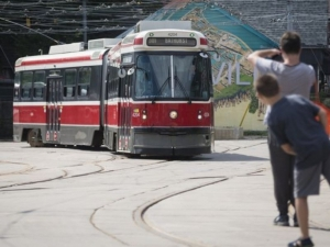 Toronto's bendy streetcars take their last ride